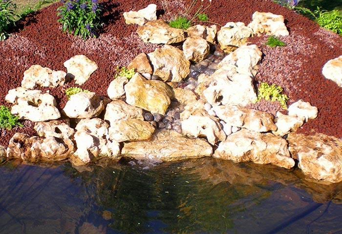 La conception d 39 une cascade pour bassin - Cascade pour bassin d ornement besancon ...