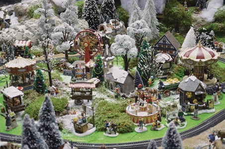 Creation d 39 un village miniature inspirations desjardins - Village de noel miniature ...